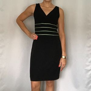 Kay Unger EUC V-Neck Lined Black Mint Green Dress